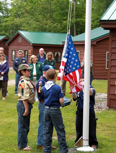 Boy Scouts raise flag 2